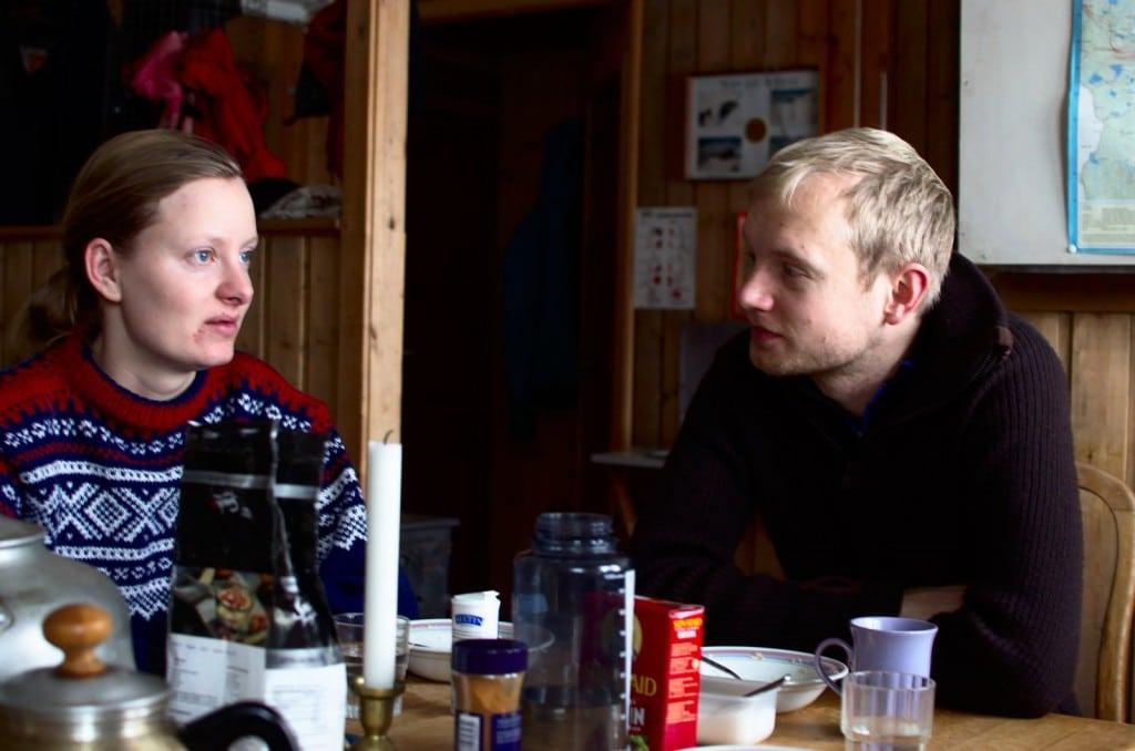 Eventuell morgentretthet på nyttårstur kommer stort sett av at man blir vekket for å utnytte dagslyset til skitur. Ingenting en god porsjon havregrøt ikke kan fikse.